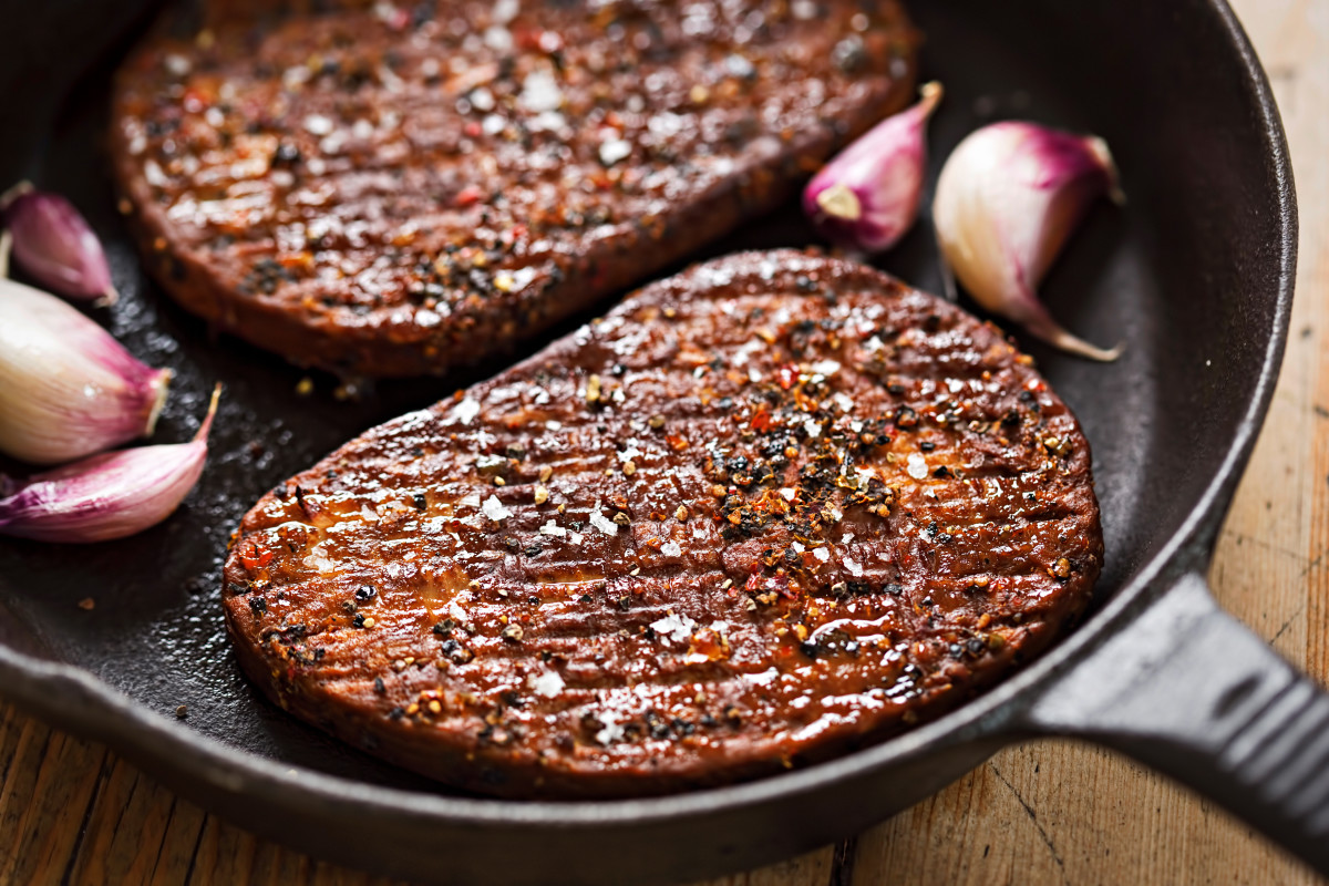 """Vegan Meat - The Dirty Secrets Of This """"Healthy"""" Alternative - Beck and Bulow"""